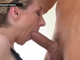 I surprise my boyfriend with a whore and he cums on her asshole
