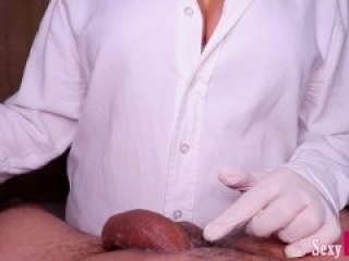 Esthetician Blocked my Cum after Shaving my Cock - Wax with handjob