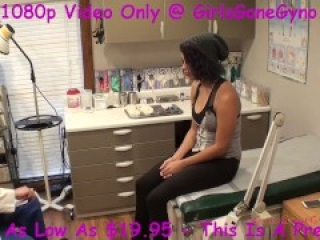 Natural Busty Phoenix Rose Gets Student Exam Doctor Tampa @GirlsGoneGynoCom