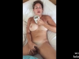 Hot MILF Love Morning Facial Blowjob