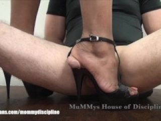 College Girl Snaps JR's Cock under size 11 Feet crushing penis flat under her soles CBT