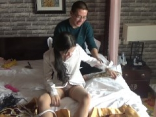 Chinese Student Got Tied Up