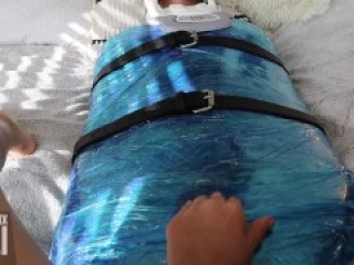 Mistress An Li tramples and punches mummified man in balls