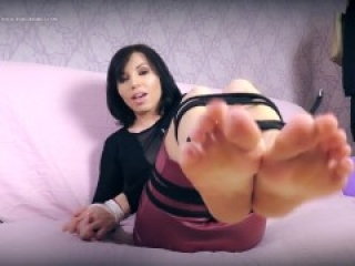 Bondage Dildo Footjob By A Hot Black Haired Slut With DSLs